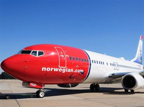 norwegian air argentina  set  fly  october conde