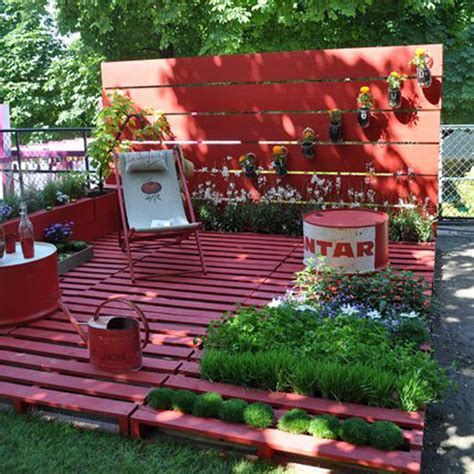 Pallets Garden Ideas Garden Decorations With Pallets And Crates
