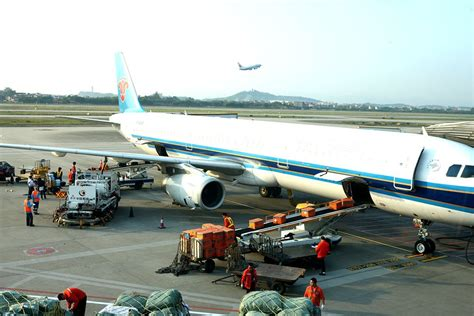 door to door air freight international air freight service door to door delivery