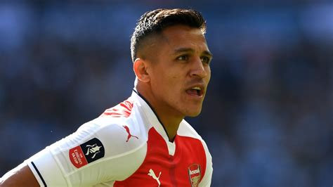 alexis sanchez qualities man utd told arsenal ace alexis is exactly the type they