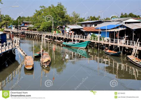 buy a fishing boat in thailand samut songkhram thailand fishing village boats