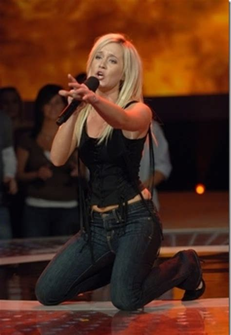 Kellie Pickler Shows Investments On Idol by Model In The World Kellie Pickler To Sing