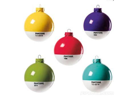 bolas pantone para el 225 rbol de navidad ideas para regalar