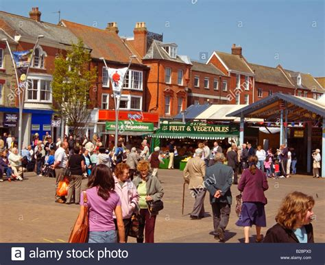 great yarmouth indoor market great yarmouth united kingdom typical busy town centre and market square scene great