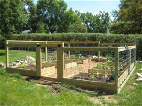 veg garden layout enclosed vegetable garden plans garden design ideas