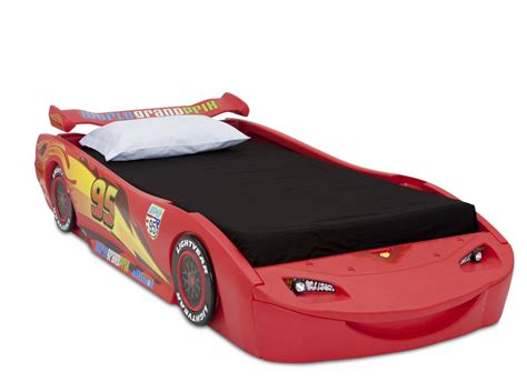 mcqueen bed disney cars lightning mcqueen convertible toddler to