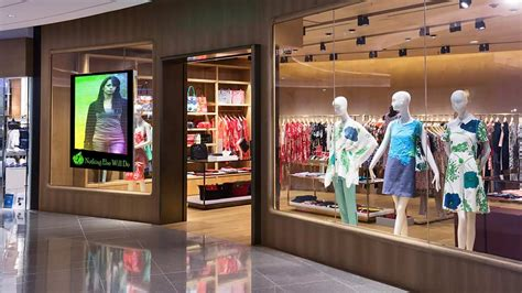 digital stores led digital signage for retail stores retail digital signage