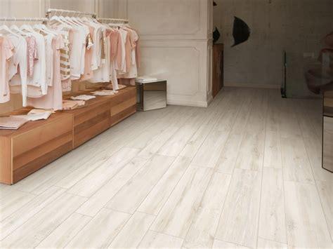 piastrelle rondine pavimento in gres porcellanato effetto legno decap 200