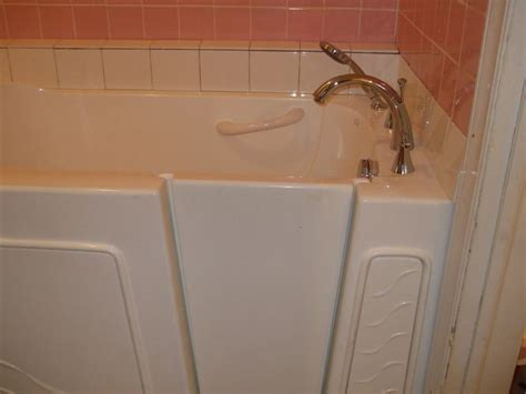 Wiggins Bathtub by Home Depot Walk In Tub For Disabled Veteran