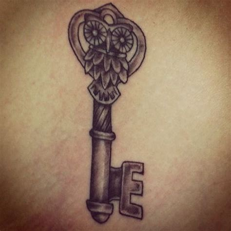 owl tattoo with key meaning 247 beste afbeeldingen over piercings and tats op
