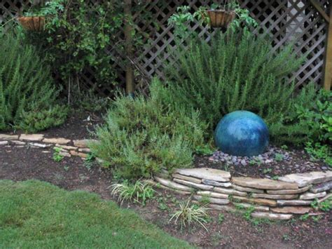 Garden Focal Point Ideas Homegrown Hint Garden Focal Point Diy