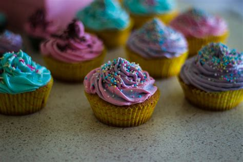 colorful cupcakes free stock photo of baked goods colorful colourful