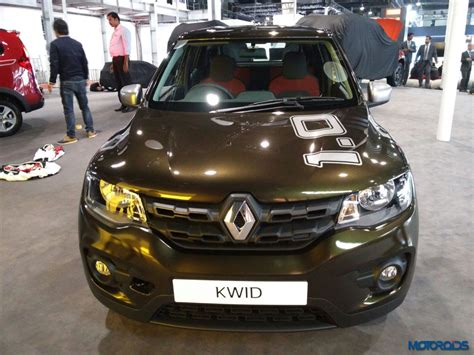 kwid renault 2016 auto expo 2016 renault kwid 1 0 sce and easy r with amt