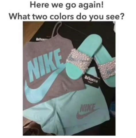 what is your color is this gray and teal or pink and white