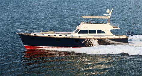 motor boat new vicem yachts new 75 flybridge motor yacht yacht charter