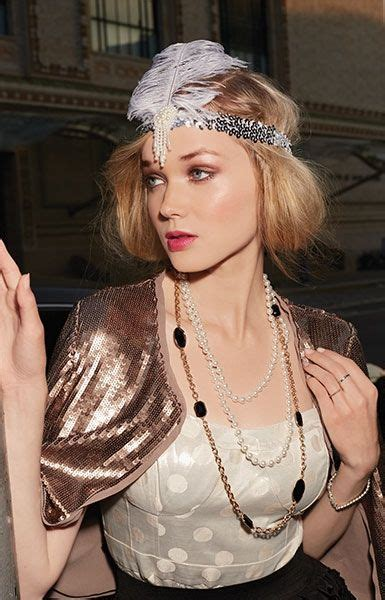 ladies 1920s jewelry styles fashion for flappers ladies 1920s jewelry styles fashion for flappers halloween