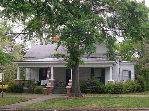 300 e montgomery st milledgeville ga 31061 rentals 142 e montgomery st milledgeville ga 31061 rentals