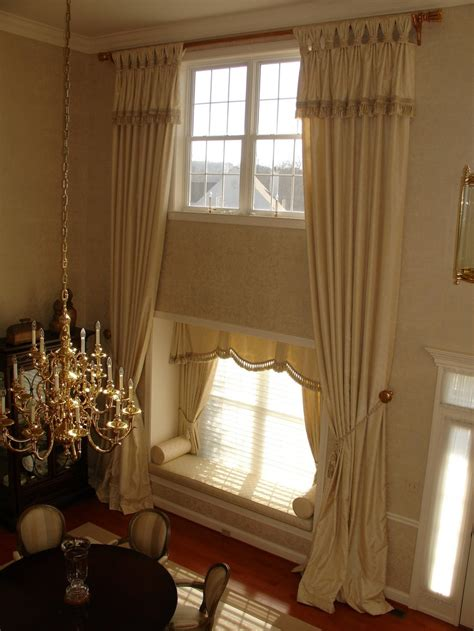 Dramatic Window Treatments 1000 Ideas About Two Story Windows On Second