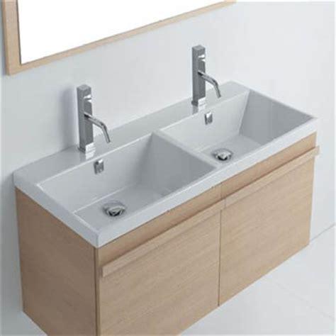 vasca da bagno doppia lavabo bagno doppia vasca boiserie in ceramica per bagno