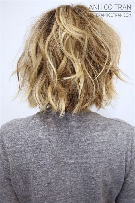 womans haircut back touches top of shoulders front is longer 17 best ideas about messy bob hairstyles on pinterest