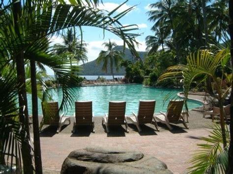 cairns to hamilton island by boat hamilton island holiday accommodation attractions