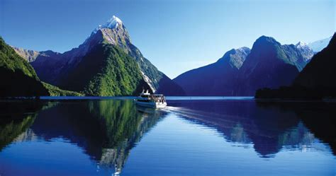 fjord queenstown jucy cruise milford sound from queenstown rtw backpackers