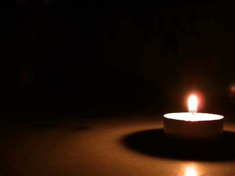 stock candele free candle light stock photo freeimages