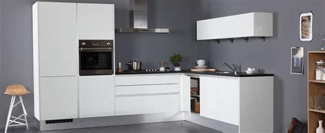 bruynzeel keukens service en garantie pallas greeploos een van de trendy keukens l opstelling