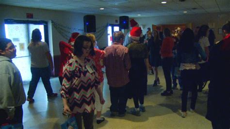 organise a staff christma party high school senior helps organize for with special needs wlos