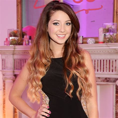 blogger zoella why we re giving zoella a break girl online ghostwriting