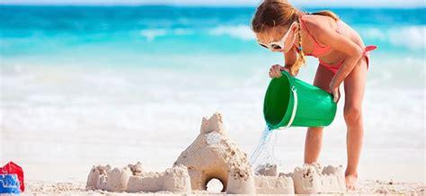 juegos decorar la playa jugar con agua y arena