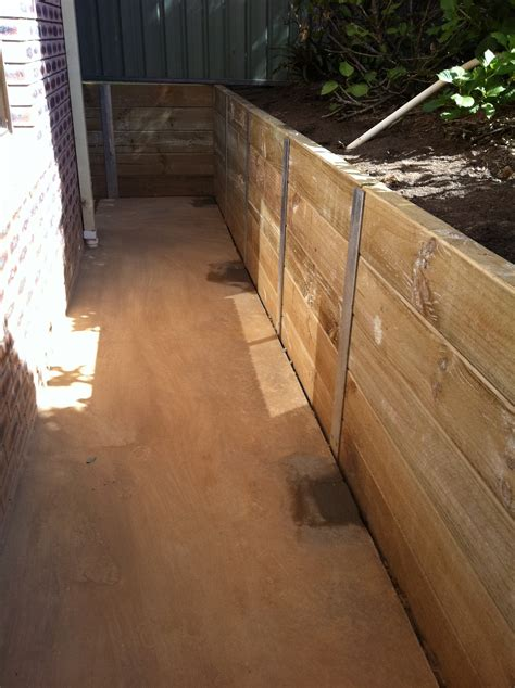 Sleeper Retaining Wall Ideas by H Beam Sleeper Retaining Wall Pipers