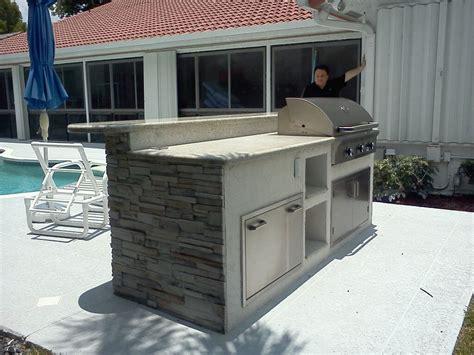 beistelltisch outdoor custom outdoor kitchen in florida image 2 gas grills