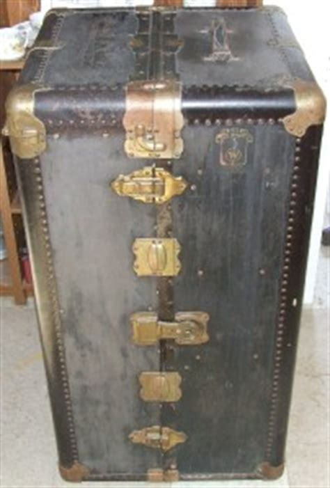 Antique Wardrobe Steamer Trunk Value by Antique Wheary Steamer Wardrobe Trunk 1920 S Complete