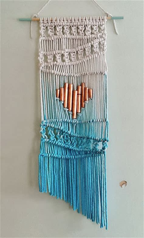 Macrame Wall Hanging Tutorial - add some boho spirit with these 21 macrame hanging wall