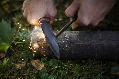 firesteel knife with a firesteel do you prefer to use a striker or the