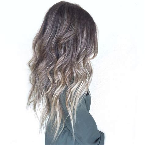 how to do ash ombre highlight on short hair best 25 ash balayage ideas on pinterest ashy blonde