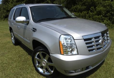 silver lining 2010 cadillac escalade paint cross reference