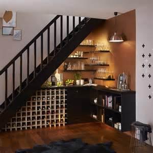 Small Bathroom Etagere Les 25 Meilleures Id 233 Es Concernant Bureau Sous Un Escalier