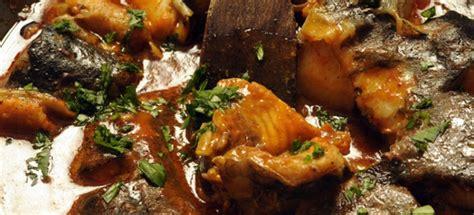 cucinare la carpa brodetto d anguilla alla comacchiese