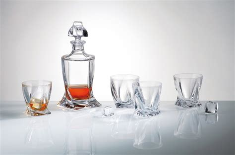 Glass Dining Room Set by 13 Best Whisky Decanters Amp Decanter Sets Qosy
