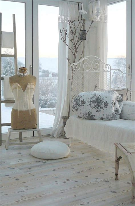 shabby chic floor ls shabby chic shabby chic vintage home beautiful the floor and the white