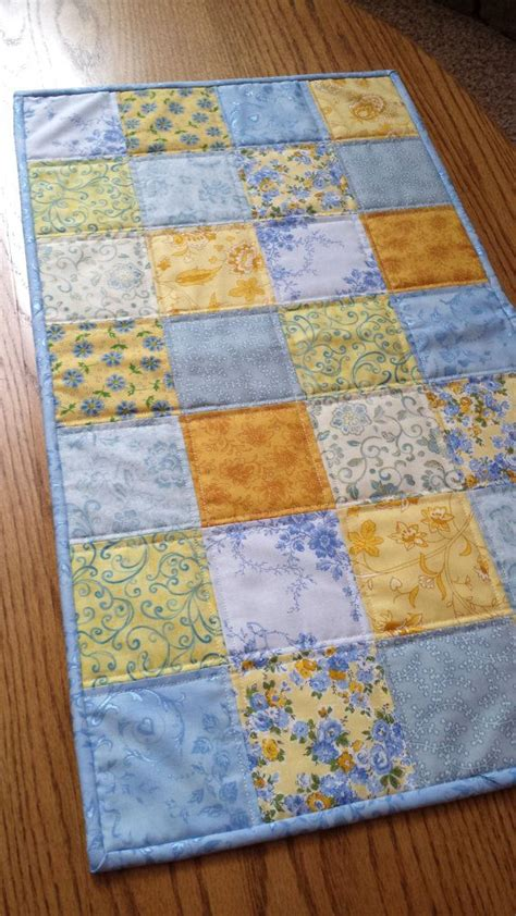 17 best images about table runners on mesas