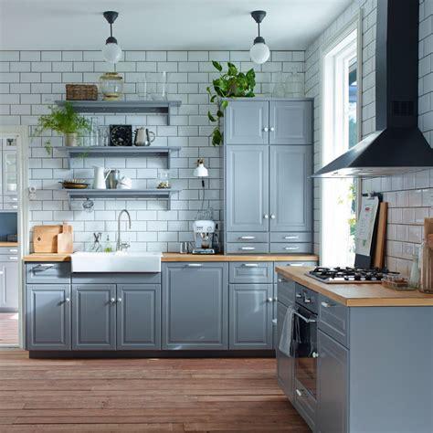 foto cocina  muebles pintados de color gris