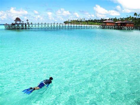 Bross Ubur Ubur Hijau Tosca 7 surga di indonesia yang keindahannya nggak kalah dari