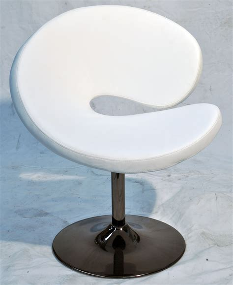 Donut Chair by Curved Donut Salon Chair
