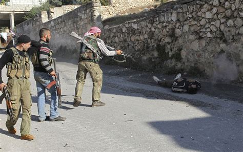 imagenes impactantes en siria im 225 genes de la guerra en siria crudas taringa