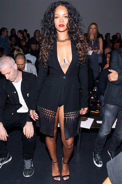 rihanna fashion killa hairstyle every day of the week rihanna s seven during new