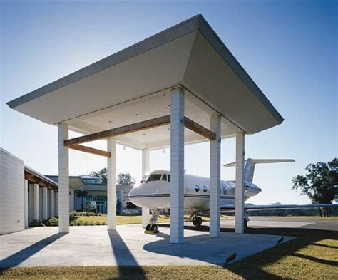 Travolta S House by Travolta S House Is An Airport Aviation