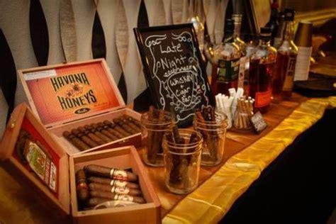 whiskey themed events whiskey und zigarren f 252 r die m 228 nner auf der hochzeit